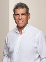 Dr. Stephan Girthofer | Kieferchirurg, Oralchirurg, Implantologe und begeisterter Sportler