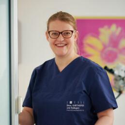 Peggy Blauzun, Assistenz in der Praxis Dr. Girthofer in München