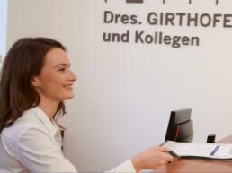 Freundlicher Service in der Praxis Dr. Girthofer in München