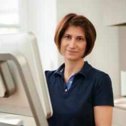 Verena Höfling, Assistenz in der Praxis Dr. Girthofer in München